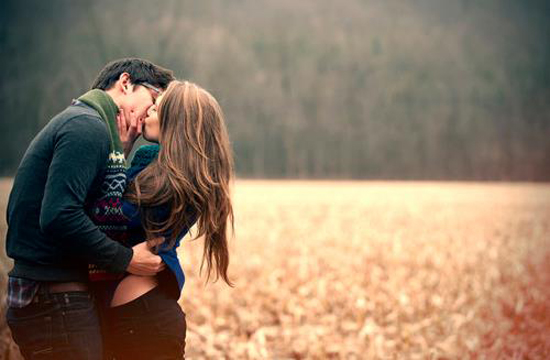 7 Ways to Know If A Person Genuinely Loves You Or Not…